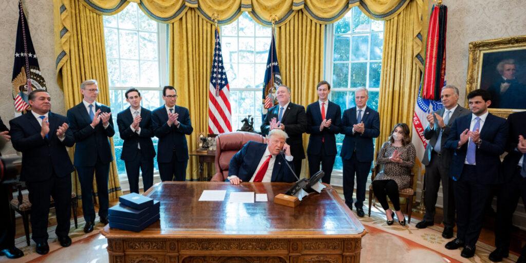 Trump in Cabinet