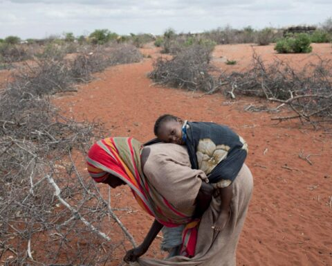 africa-child-mother-humanitarian-emergency