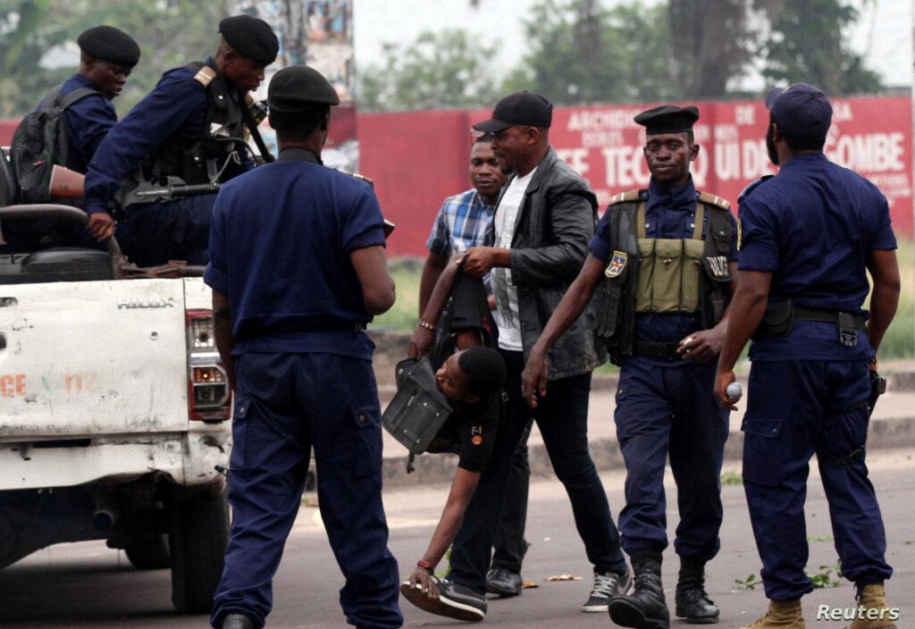Congo A policeman