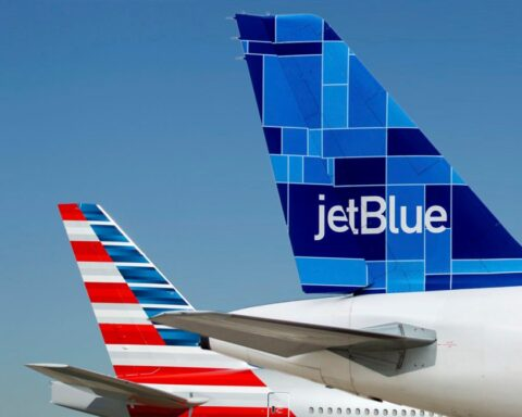 jetblue american airlines