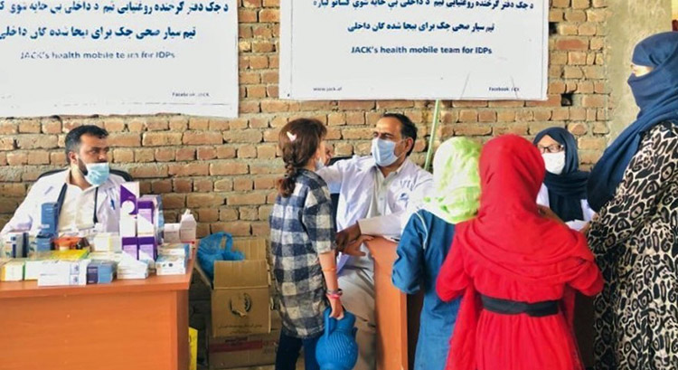 who_supported_mobile_health_clinic_for_displaced_people_in_kabul